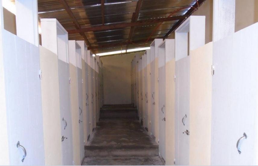 Costruzione bagni e docce per casa di accoglienza per bambini - Docce per bagni ...
