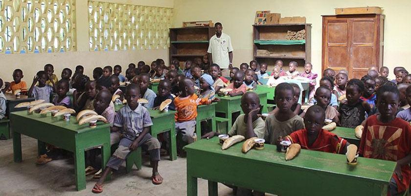 Congo: pigmei e bantù, una scuola per convivere Cover image