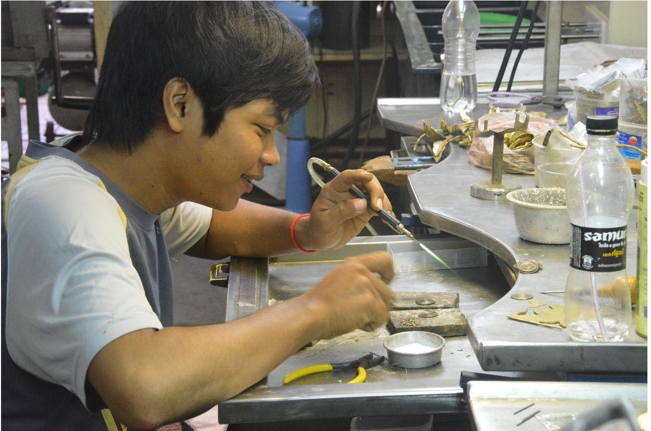 Il gioielliere di Phnom Penh Cover image