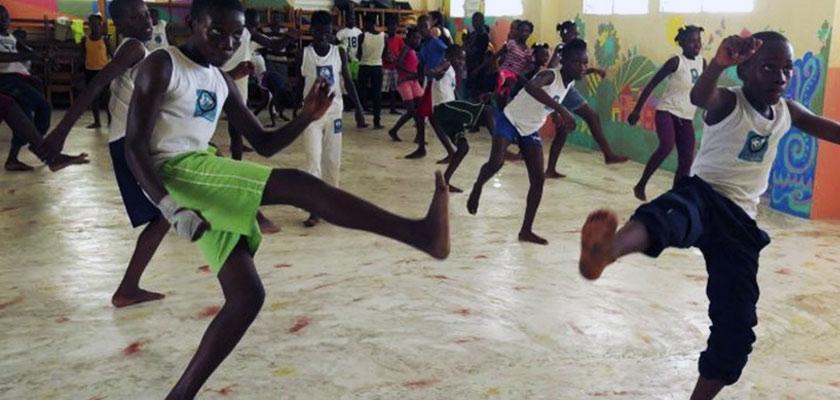 Capoeira ad Haiti. Il ritmo che libera Cover image