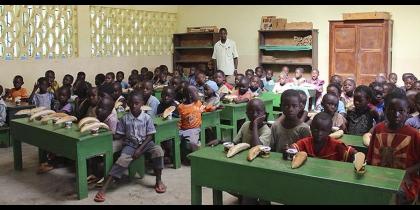 Congo: pigmei e bantù, una scuola per convivere List item image